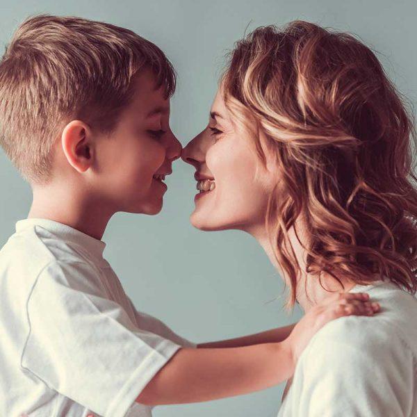Pack madre e hijo: peinado y maquillaje para mamá + corte Niño (200 min) 1